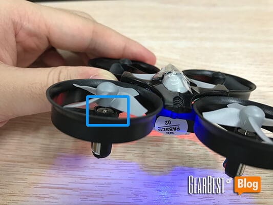 install JJRC H36's propellers too tight
