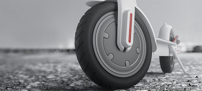 inflatable tires of Xiaomi M365 folding electric scooter